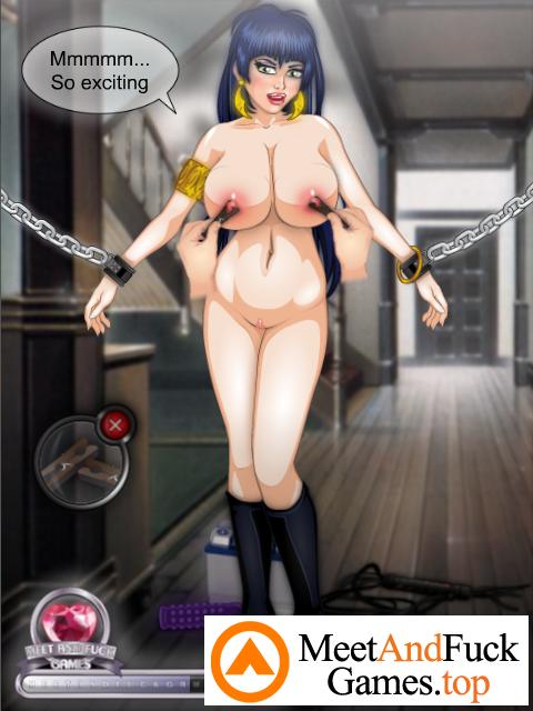 Vampirella BDSM excited brunette in chains